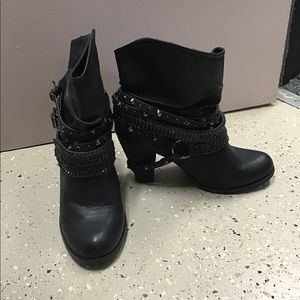 Not Rated BOOTS WITH STRAPS STUDS HEELS WOMENS 9.5